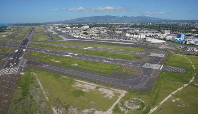 HNL Daniel Inouye International Airport 26R reef runway.