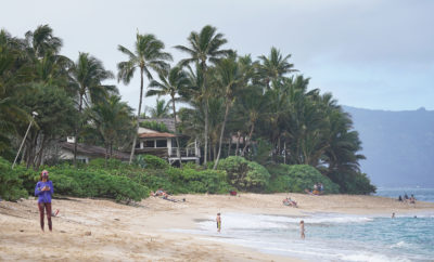 Tourists Scramble As Oahu Vacation Rentals Disappear Under New Law