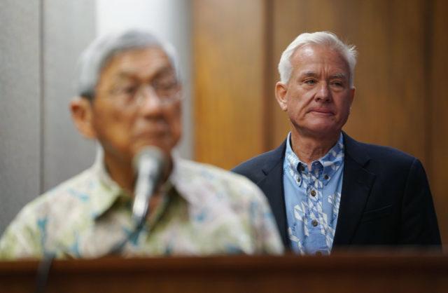 Mayor Caldwell listens to Hawaii Mayor Harry Kim during a joint WAM/Finance committee meeting county Mayors.