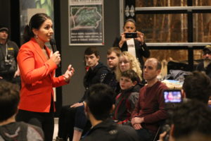 Gabbard Greeted In Iowa By Friendly Crowds And Fierce Weather