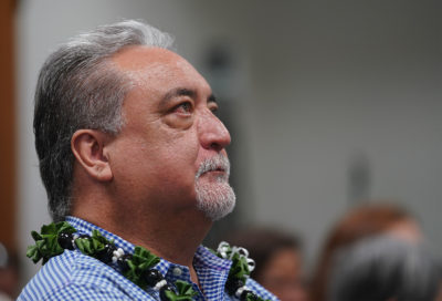 Ige Stands By His Public Safety Chief After Senate Panel Calls For Espinda's Ouster