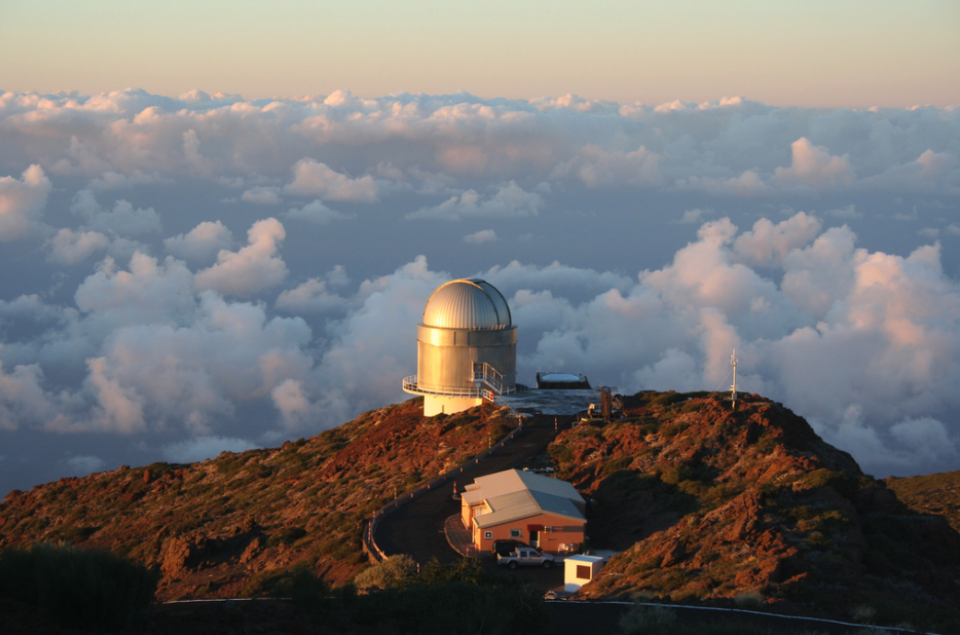 Let's Send The TMT To The Canary Islands