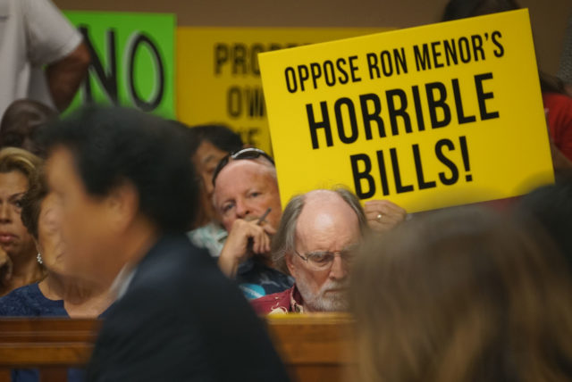Oppostion to Bill 89 85 Vacation Rentals at the Honolulu City Council meeting.