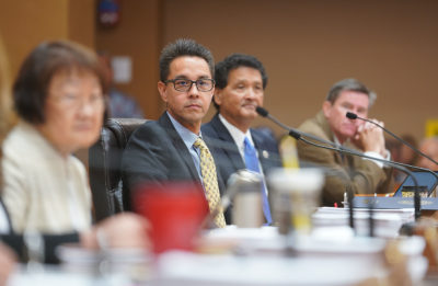 Honolulu City Council member Joey Manahan listens to testimony on Bill 85 and 89 at Honolulu Hale.