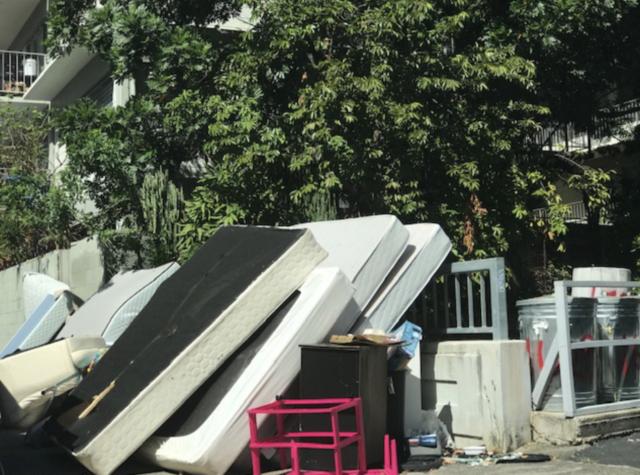 Trash in Makiki on Liholiho Street.