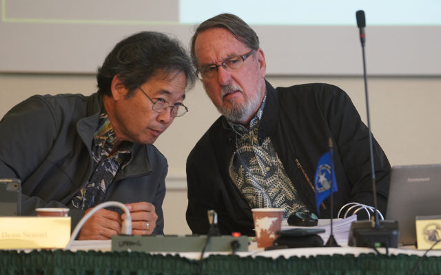 Westpac Meeting John Gourley and Dean Sensui chat during meeting.
