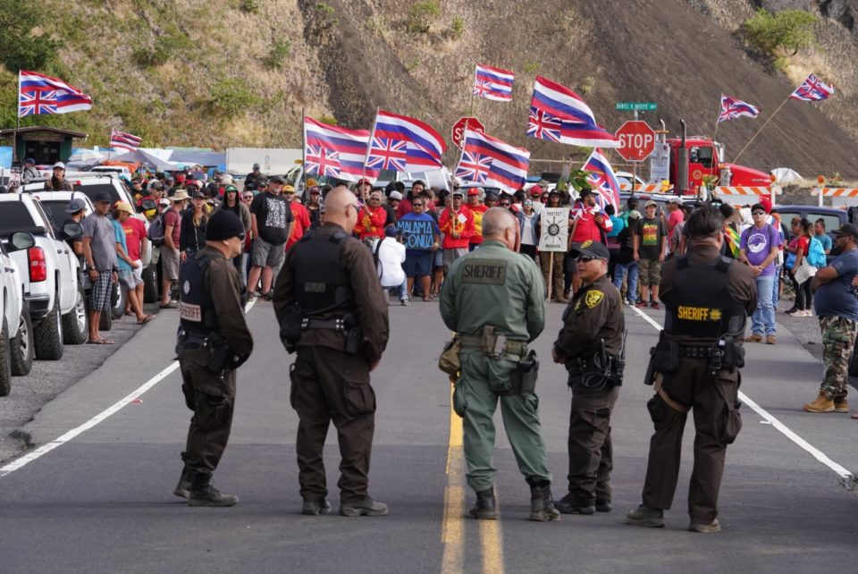 Late Standoff Shows How Tenuous A 1st-Day 'Truce' Was On Mauna Kea