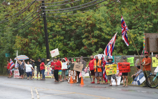 Save Sherwood Forest supporters demonstrate along Kamehameha Highway in Waimanalo.
