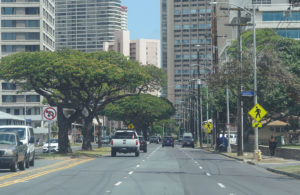 Honolulu Is Slashing Crosswalks As It Touts Pedestrian Friendly Policies
