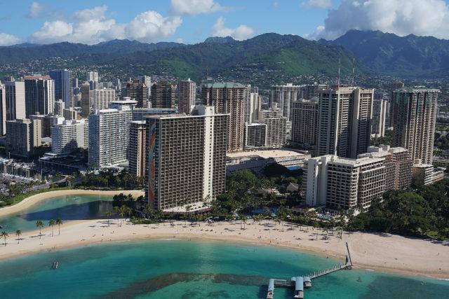 Waikiki Hilton Hawaiian Village Hale Koa Hotel aerial Waikiki Beach 0338.