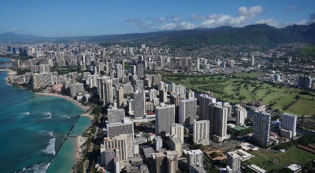 Waikiki Beach and Hotels and Manoa Koolau Mountains. Right, Ala Wai Golf Course aerial 0421