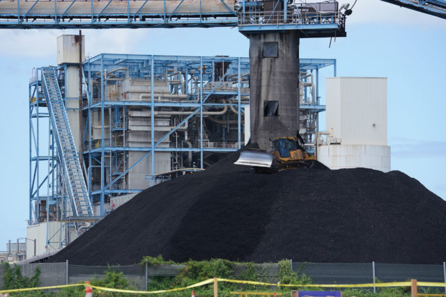 AES Hawaii Power plant coal burning electric powerplant Kalaeloa pollution.