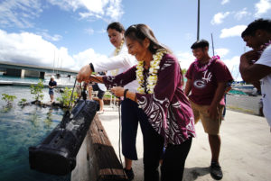 Oysters Unleashed: A New Hack To Help Clean Hawaii's Filthy Waters