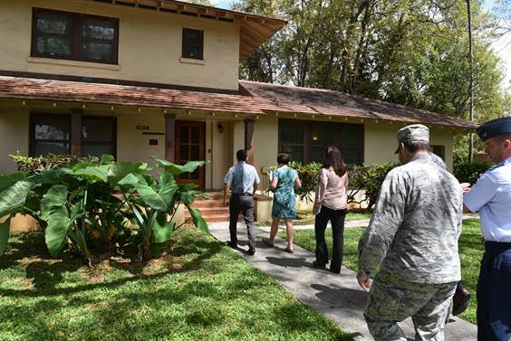 Sen. Brian Schatz visits housing at Joint Base Pearl Harbor Hickam