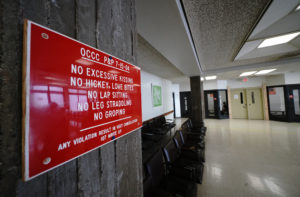 Three Hawaii Correctional Facilities Ban Contact Visits Despite Potential Benefits