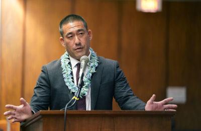 Kauai Mayor Imposes Curfew — Then Starts Entertaining Residents