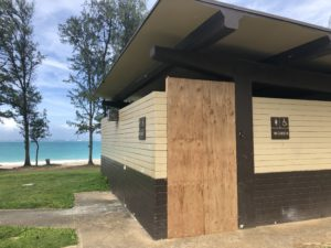 Honolulu To Reopen Public Bathrooms, State Keeps Theirs Closed