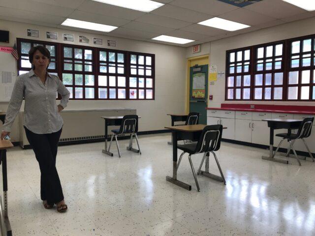 Christina Kishimoto, DOE, school, Kapolei Middle School, superintendent