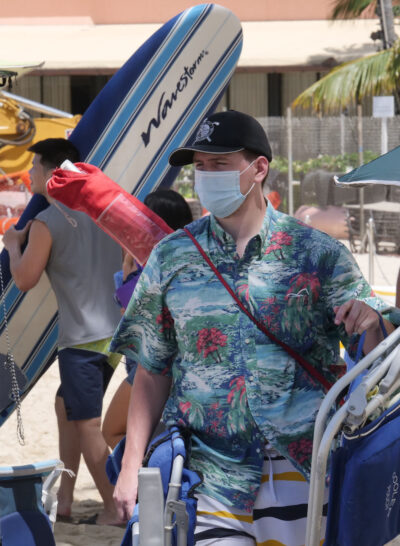 Mask wearing was voluntary on crowded Waikiki Beaches over the July 4th holiday weekend in Honolulu, HI (Ronen Zilberman photo Civil Beat)