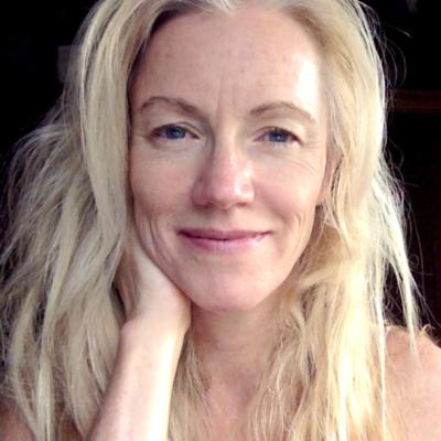 Julia Steele