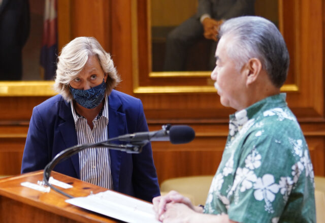 Governor Ige Communication Director, Cindy McMillan assists with media questions during press conference. August 31, 2020