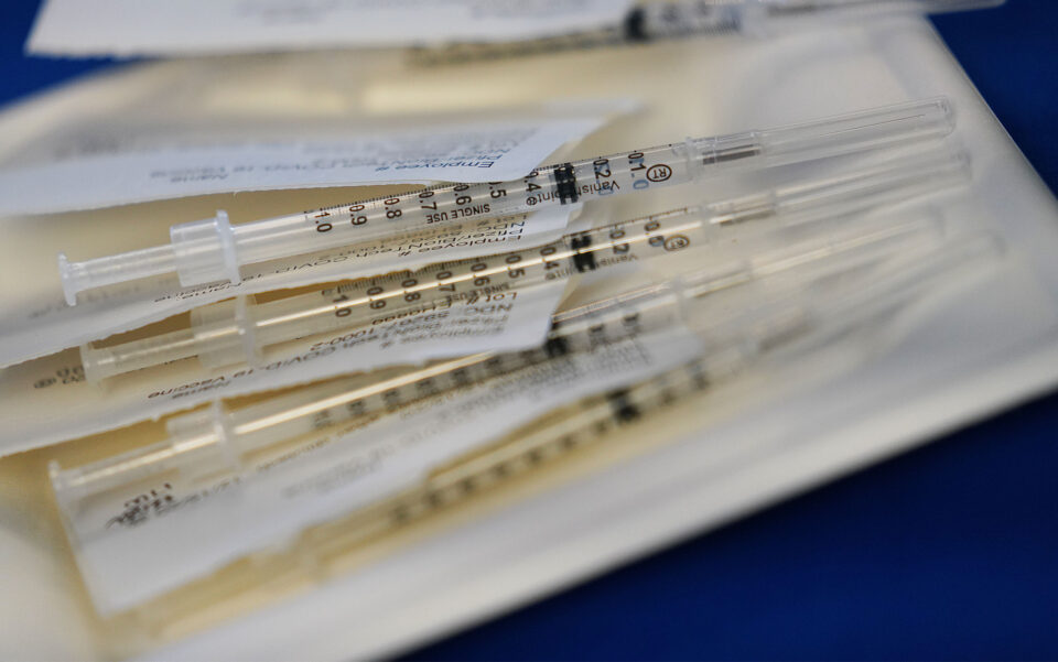 As Demand Wanes, Hawaii Reduces Its COVID-19 Vaccine Order For The First Time