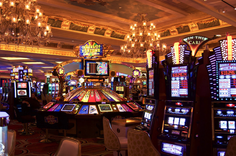 How About A Casino In Waikiki? There's A Bill For That - Honolulu Civil Beat