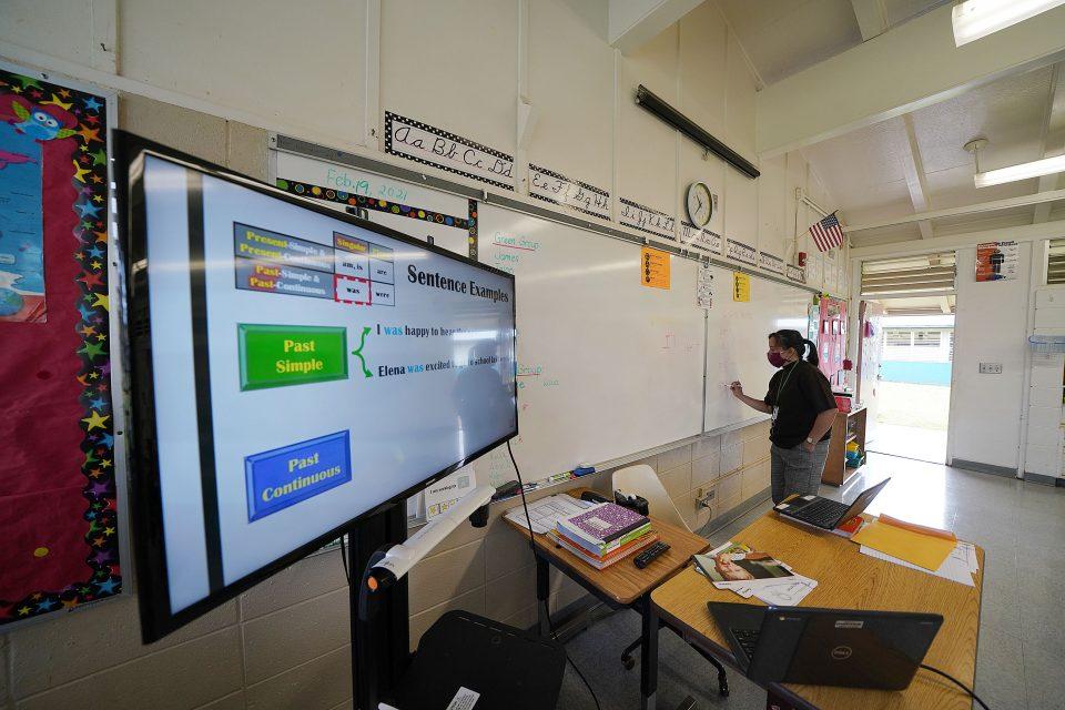 Eric Stinton: It Will Take A Village To Help Hawaii's Teachers