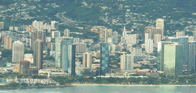 Downtown Honolulu and right, Ala Moana Beach Park / Kakaako.