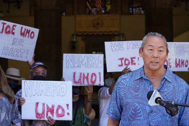 Joe Uno speaks to media during press conference held with Council member Tulba and Tsuneyoshi outside Honolulu Hale.
