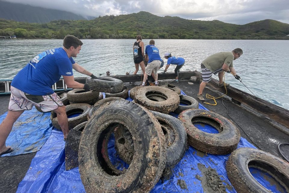 SLIDESHOW: Diving For Tires And Trash In Kaneohe Bay